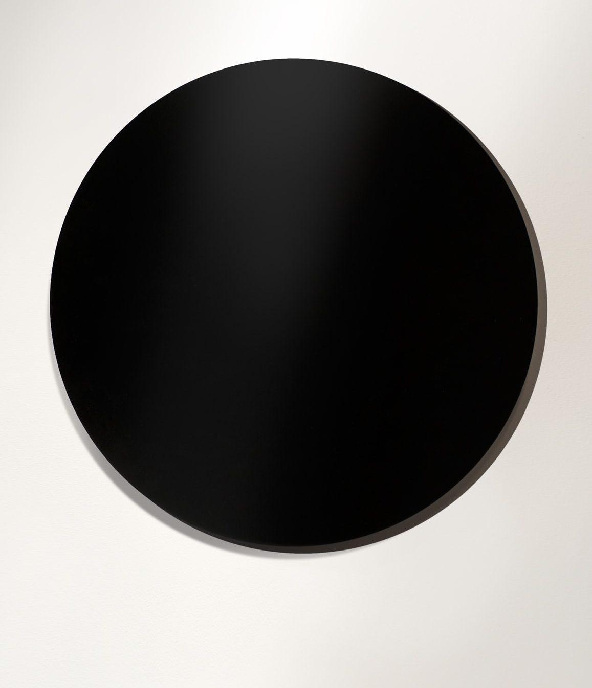 Anatomy of realism_Exhibition_StefanKnezevic_Shonski_Light